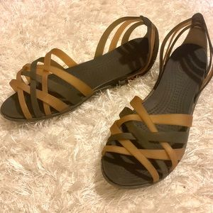 CROCS Sandals in Brown and Gold